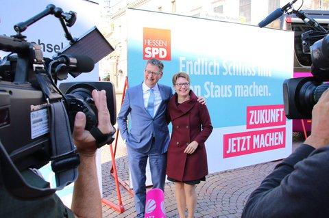 Einer ist offenbar weiterhin optimistisch. Was bleibt Thorsten Schäfer-Gümbel auch anderes übrig?